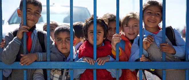 Des réfugiés kurdes de Syrie au camp de Domiz près de Dukok dans le Kurdistan irakien.