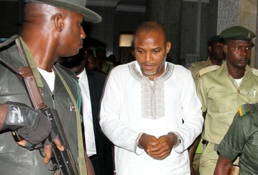 L'activiste indépendantiste biafrais Nnamdi Kanu (c), à son procès pour trahison à Abuja au Nigeria le 9 février 2016 © Pius Utomi EKPEI AFP/Archives