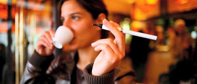 « La cigarette électronique est susceptible d'être bénéfique pour la santé publique »,affirme le Collège royal des médecins britanniques.