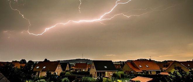 """Six départements du nord de la France étaient en alerte orange """"orages forts"""" mercredi 11 mai."""