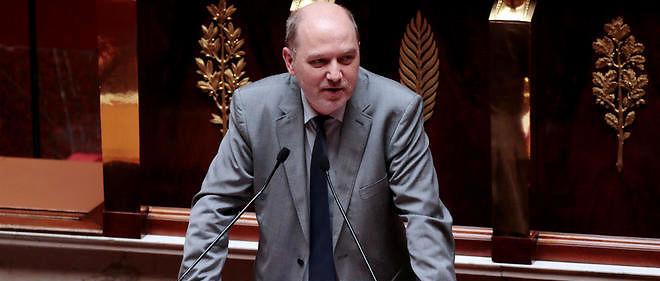 Les écologistes, tiraillés entre les élus pro-gouvernement et les anti, ont du mal à trouver un successeur à Denis Baupin, qui a dû démissionner de son poste de vice-président de l'Assemblée.