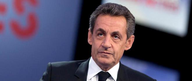 """Nicolas Sarkozy n'en est pas à son premier lapsus: en 2012, lors d'une émission de télévision, il avait parlé de """"buzz informatique"""" au lieu de """"bug informatique""""."""