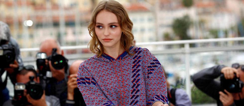 """Lily-Rose Depp lors de la présentation du film """"La Danseuse"""" à Cannes"""
