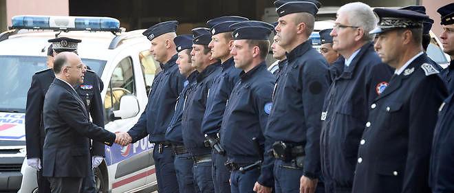 """Une majorité de Français a """"une bonne opinion de la police""""."""
