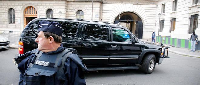 Arrivée du convoi transportant Salah Abdeslam au palais de justice de Paris.