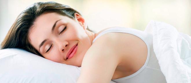 10 conseils pour bien choisir son matelas et dire adieu au mal de dos au réveil.