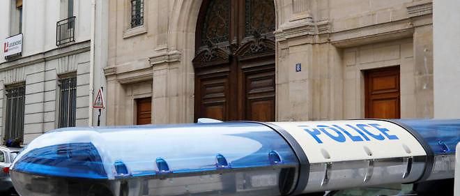 Voiture de police devant le siège parisien de Google, perquisitionné mardi dans le cadre d'une enquête ouverte pour fraude fiscale aggravée.