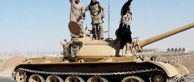Des combattants de l'État islamique en Syrie en mai 2015 (illustration).
