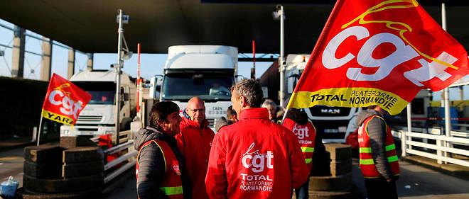 La grève est reconduite au terminal pétrolier du Havre.
