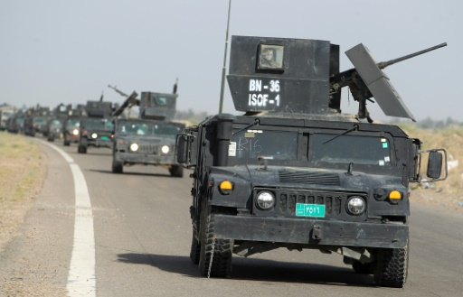 Les forces du contre-terrorisme irakiennes se dirigent le 28 mai 2016 vers al-Sejar près de Fallouja  © AHMAD AL-RUBAYE AFP