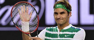 Roger Federer a dû déclarer forfait pour le tournoi de Roland-Garros en 2016 à cause de douleurs récurrentes au dos. ©Saeed Khan/AFP