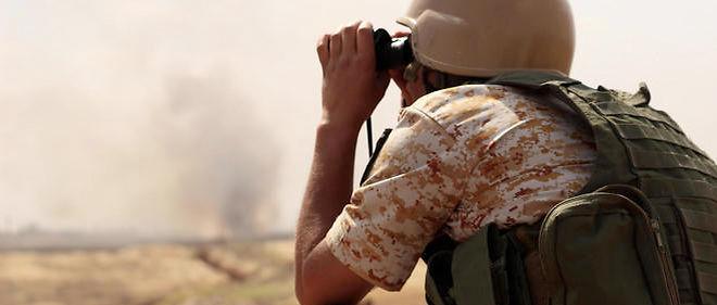 Avec les peshmergas, les combattants kurdes irakiens, qui ont lancé dimanche leur offensive sur Mossoul.