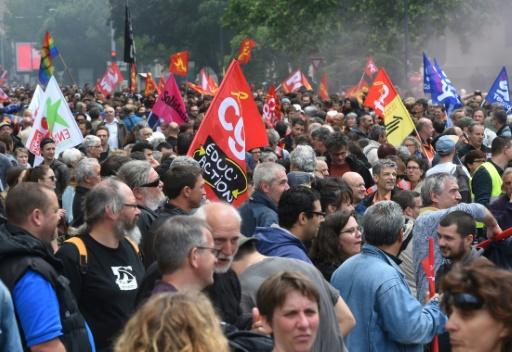 Manifestation contre la loi travail, le 2 juin 2016 à Toulouse © ERIC CABANIS AFP