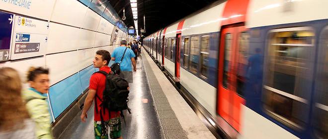 La station du RER C de Saint-Michel-Notre-Dame-de-Paris est fermée au public. Image d'illustration.