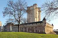 En cas de très forte crue de la Seine, un plan prévoit l'évacuation de l'Élysée et le déménagement de la présidence de la République au château de Vincennes.   ©Manuel Cohen