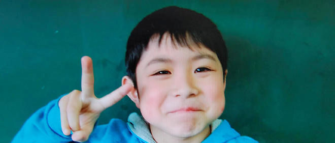 L'enfant avait été puni par ses parents et laissé dans la forêt.