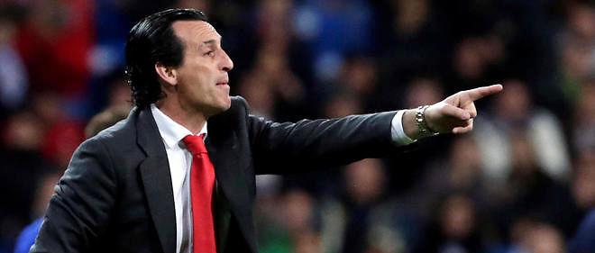Le PSG annonce la signature d'Unai Emery, l'ancien entraîneur du FC Séville.