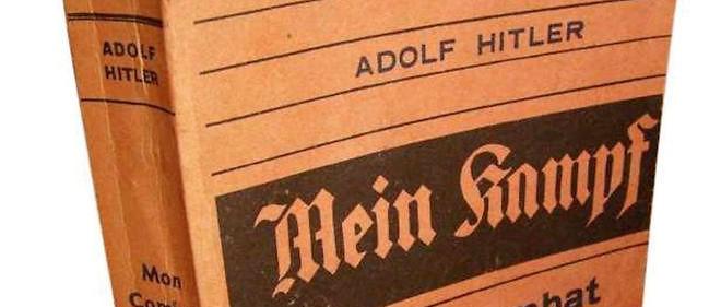 """Best-seller """"toxique"""". L'ouvrage d'Adolf Hitler a été vendu à plus de 12 millions d'exemplaires entre 1925, date de sa première publication en Allemagne, et 1945."""