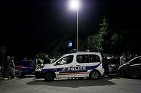 Une voiture de police à Magnanville, à 45 kilomètres de Paris, le mardi 14 juin. ©MATTHIEU ALEXANDRE