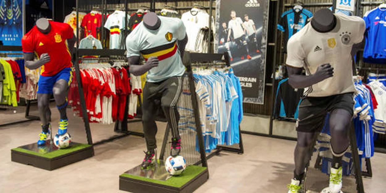 Euro 2016 : le juteux business des maillots de football Le