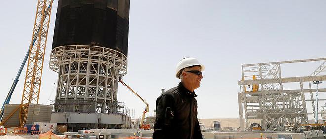 La plus haute tour solaire du monde s'élève dans le désert israélien.