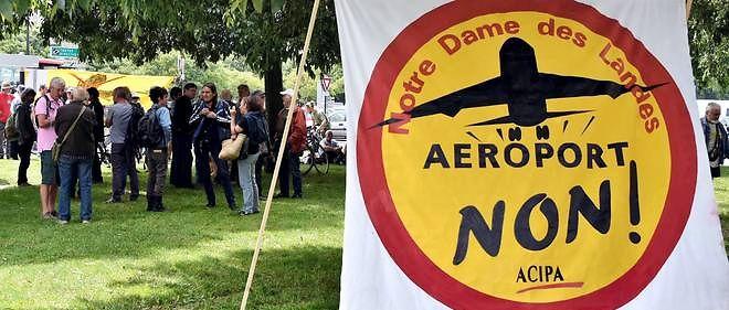 """Notre-Dame-des-Landes : le Conseil d'État se prononce sur le """"référendum""""."""