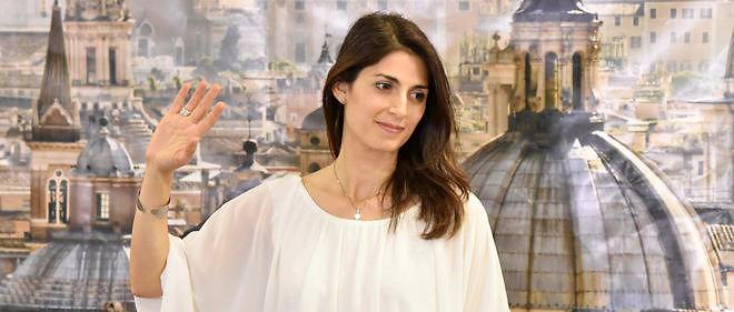 Virginia Raggi, la candidate populiste du Mouvement 5 étoiles, a été élue maire de Rome.