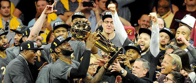 LeBron James et Cleveland ont remporté la finale NBA