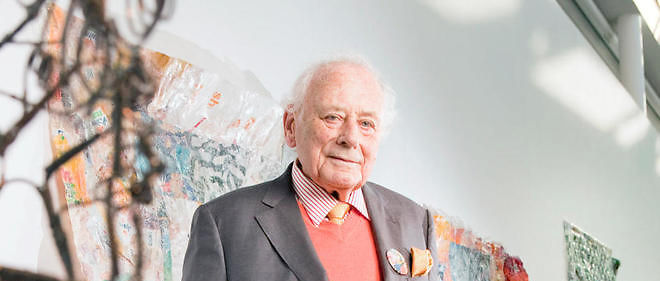 """Reinhold Würth, patron et collectionneur d'art, dans le musée qu'il a ouvert au siège de son entreprise, à Kunzelsau, en avril. """"Mes tableaux apportent du plaisir et une meilleure qualité de vie à mes employés"""", dit-il."""