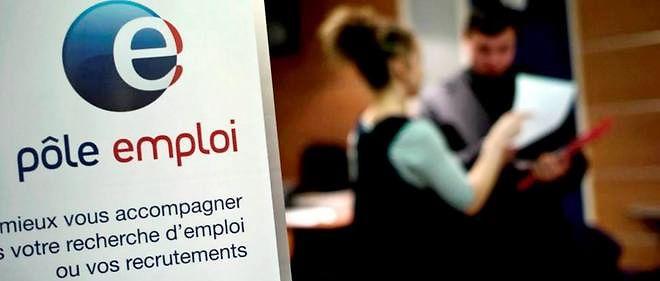 En avril, le nombre de demandeurs d'emploi sans activité avait diminué de 19 900 personnes (- 0,6 %).