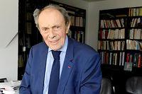 Michel Rocard dans son bureau, à Paris, le 8 juin.