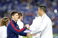 Messi et Ronado ne savent pas faire remporter un titre à leur équipe nationale. ©© Albert Gea