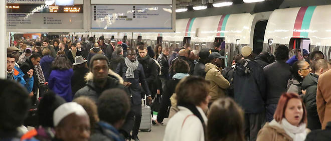 Le RER B, avec ses 900 000 passagers quotidiens, est la 2e ligne d'Europe.