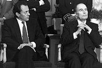 Ennemis. François Mitterrand et son ministre de l'Agriculture en déplacement en Picardie, le 8 février 1985. ©Eric Bouvet/Gamma-Rapho