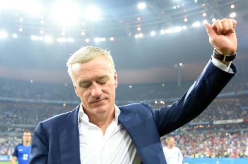 Didier Deschamps à l'issue de la finale de l'Euro-2016 le 10 juillet 2016 au Stade de France à Saint-Denis © PATRIK STOLLARZ                      AFP
