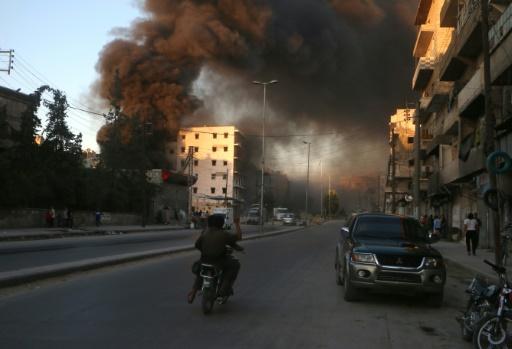 Tirs le 9 juillet 2016 sur Alep en Syrie © FADI AL-HALABI AFP