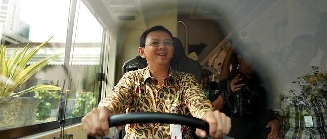 Basuki Purnama, gouverneur de Jakarta, en 2015. Sa gestion de la métropole indonésienne de 10 millions d'habitants lui vaut d'être le favori de la prochaine élection municipale, en 2017.
