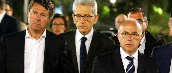 Le soir du 14 juillet, Bernard Cazeneuve place Masséna avec le préfet Adolphe Corat et Christian Estrosi, le président de la métropole et de la région.