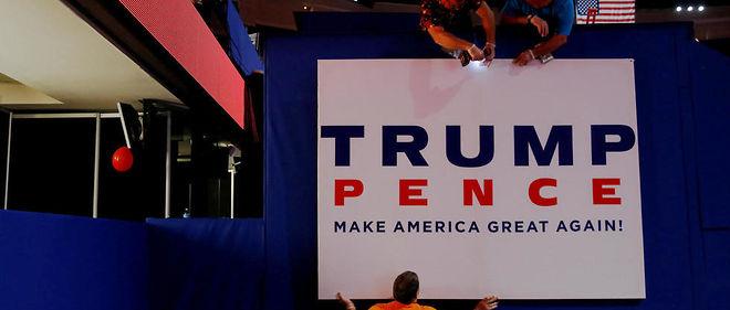 Préparatifs avant la convention républicaine à Cleveland, qui doit introniser le candidat Donald Trump et son colistier Mike Pence.