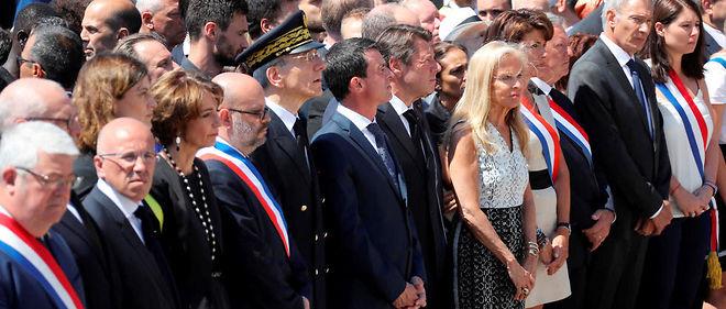 Manuel Valls a été sifflé lors de la minute de silence à Nice.
