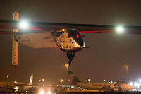 L'avion solaire Solar Impulse 2 a quitté Le Caire pour faire route vers Abu Dhabi, destination finale de son tour du monde entamé il y a plus d'un an.  ©KHALED DESOUKI