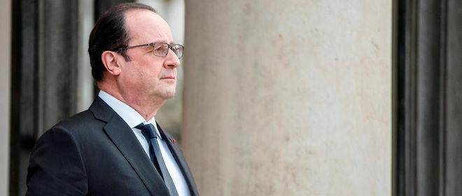 """""""Monsieur le président de la République, vous pourriez devenir l'homme d'État qui aura réussi à réconcilier la France avec elle-même"""", écrit le père Vénard, aumônier militaire."""
