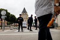 Le prêtre Jacques Hamel a été tué après une attaque terroriste. Image d'illustration. ©CHARLY TRIBALLEAU