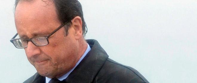 François Hollande vit un été difficile...