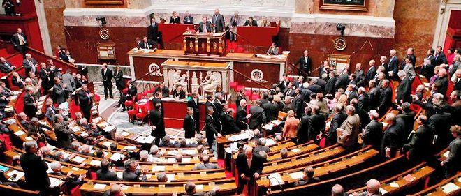 Les députés LR proposent le placement en rétention des candidats au djihad et des sortants de prison condamnés pour des actes de terrorisme.