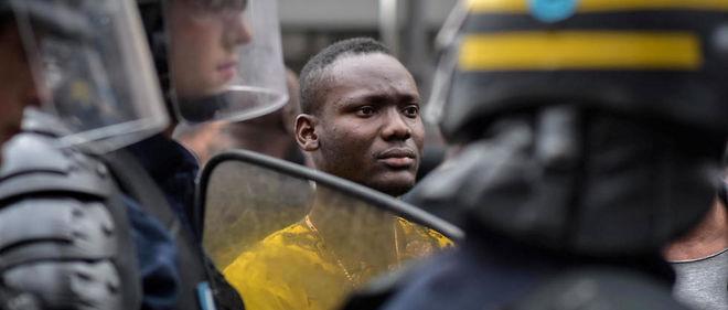 Manifestation après la mort d'Adama Traoré le 30 juillet à Paris.