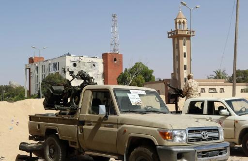 Les forces progouvernementales libyennes (GNA) le 25 juin 2016 à Syrte  © MAHMUD TURKIA AFP/Archives