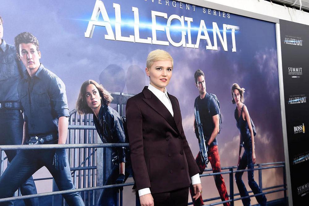 """Numéro 7 ex æquo. Veronica Roth - 10 millions de dollars. À peine âgée de 27 ans, l'auteur de la saga """"Divergente"""" est la plus jeune du classement. Mais avec l'annulation du 4e film prévu et la baisse des ventes en librairie, pas sûr qu'elle y reste encore longtemps..."""