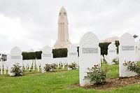 À Douaumont, les monuments en hommage aux soldats musulmans et israélites ont été transformés en pokestops. ©Robert KLUBA/REA