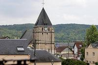 La photo qui accompagne le texte de la note de l'Uclat est celle d'Abdel Malik P., qui serait le deuxième terroriste de Saint-Étienne-du-Rouvray.